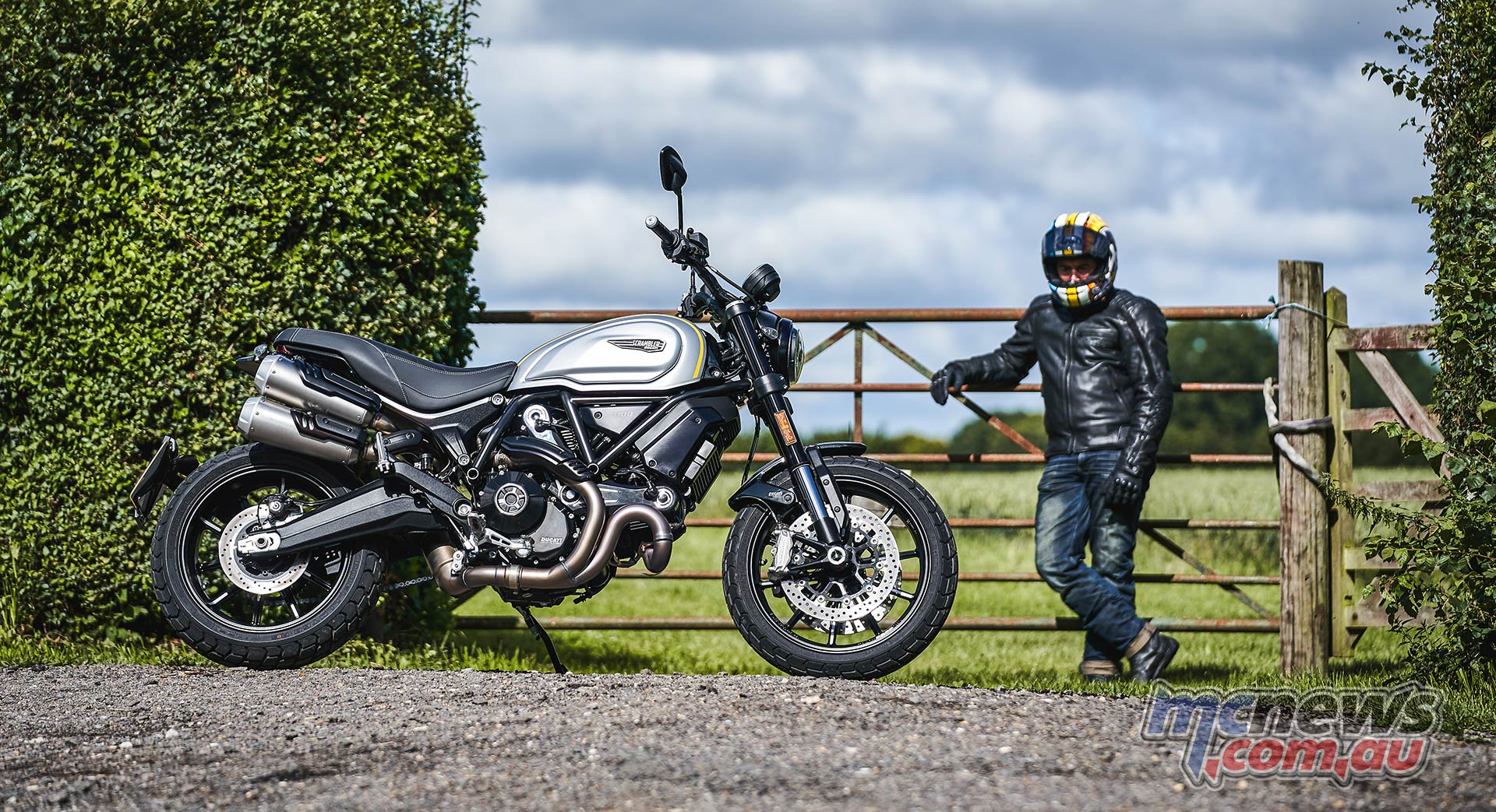 2021 Ducati Scrambler 1100 Pro is perhaps even more handsome than its Ohlins suspended richer Sport Pro sibling