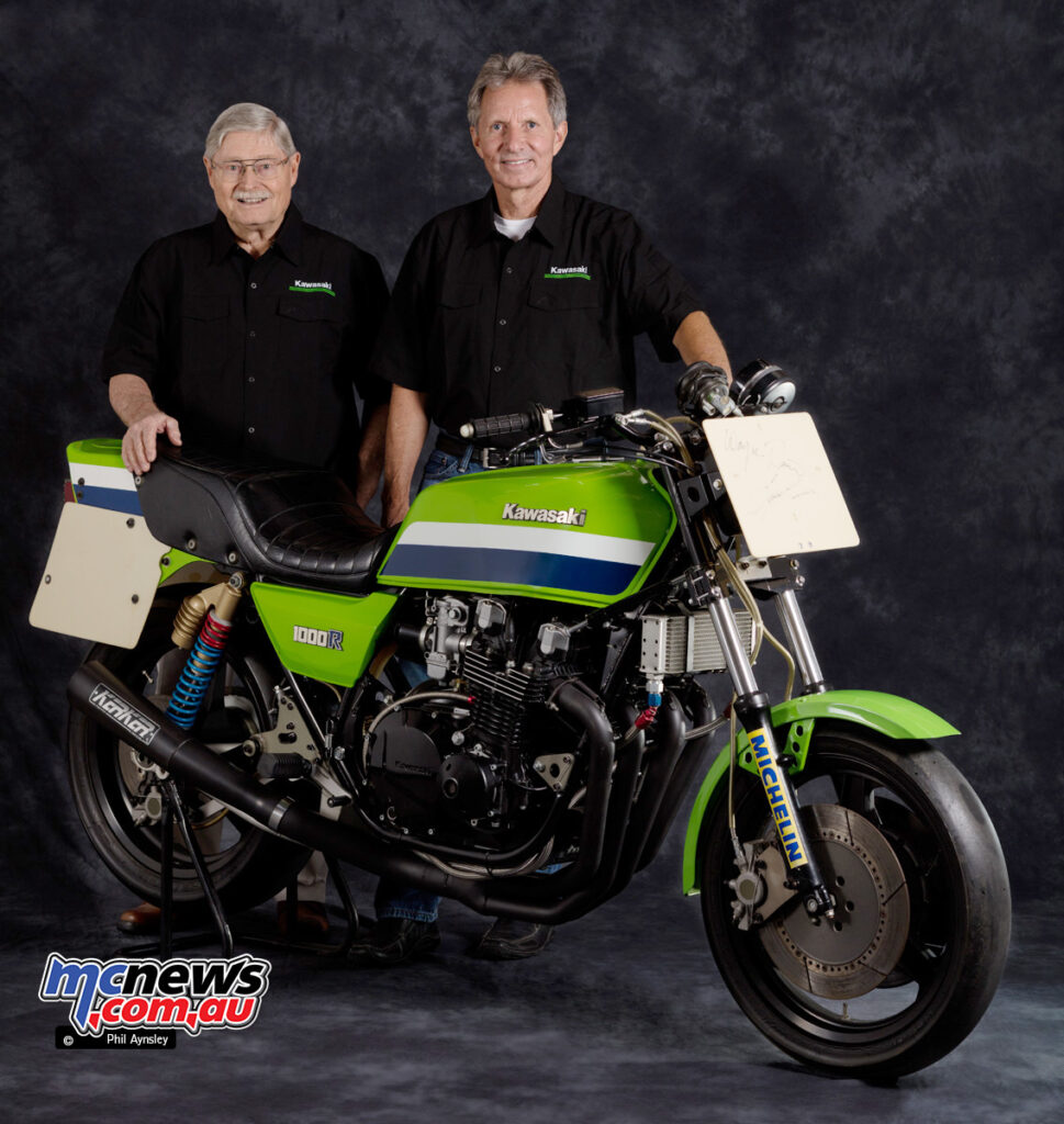Randy Hall and Eddie Lawson pose with the KZ1000 S1 in 2016
