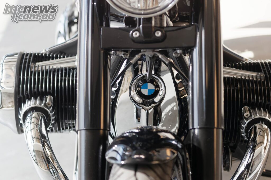 1802 cc / 110 cubic inch Boxer Twin