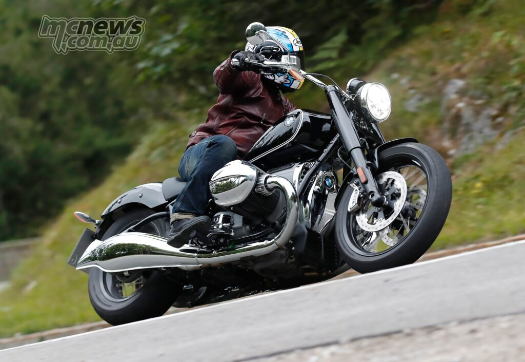 BMW R 18 handling is impressive for this style of machine