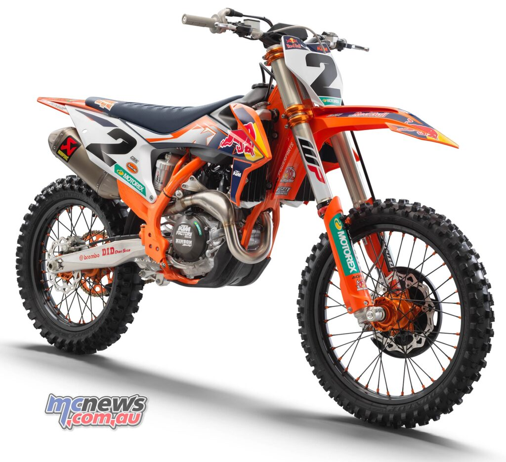 2021 KTM 450 SX-F Factory Edition First Look (12 Fast