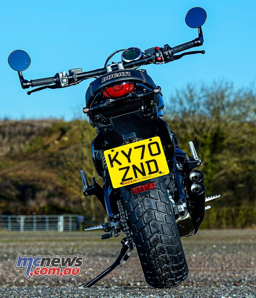 The Scrambler Nightshift offers slightly more aggressive 'bars and features 'bar end mirrors