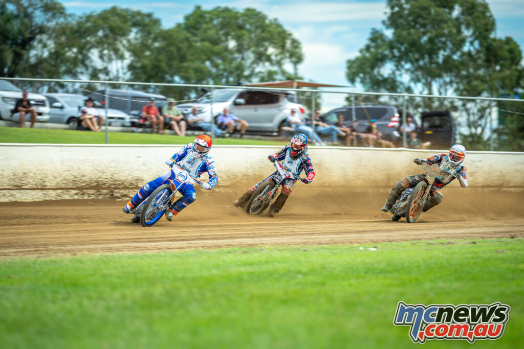 2021 North Brisbane Speedway Masters - Crump, Hook and Keleher battle it out