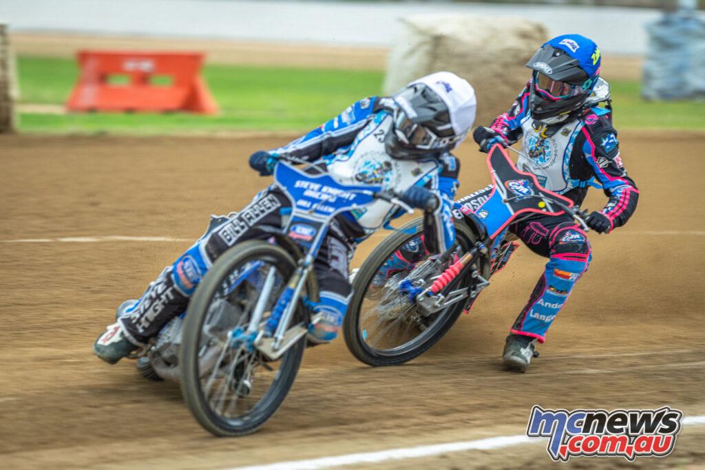 2021 North Brisbane Speedway Masters - Zaine Kennedy chasing Jordan Stewart