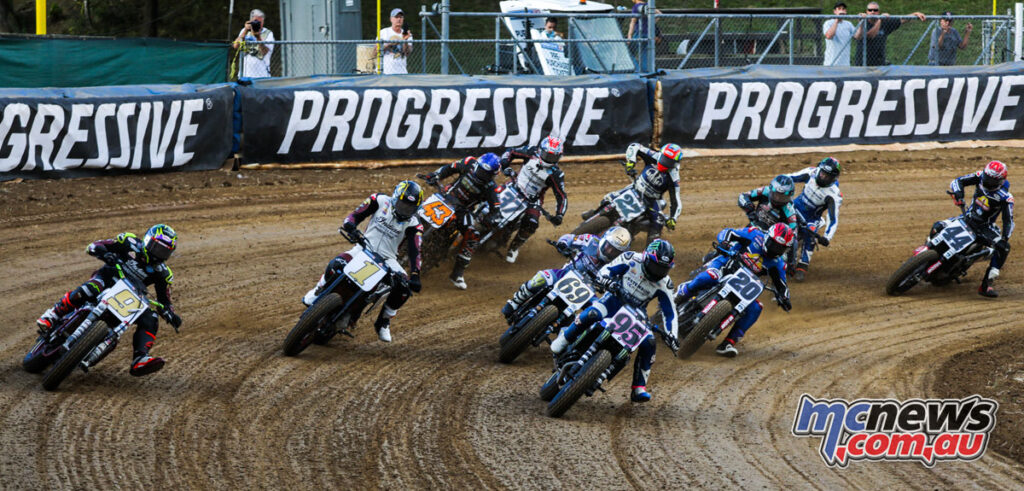 JD Beach leads the SuperTwins in Peoria
