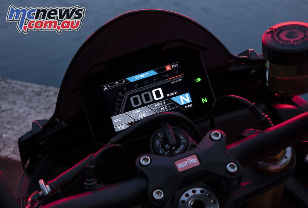 The dash has been updated to match what's seen on the new 660 models
