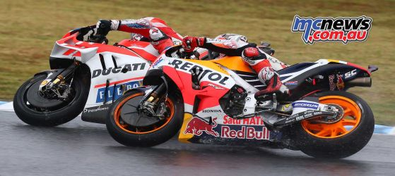 Andrea Dovizioso and Marc Marquez battle for the win at Motegi 2017 - Image by AJRN