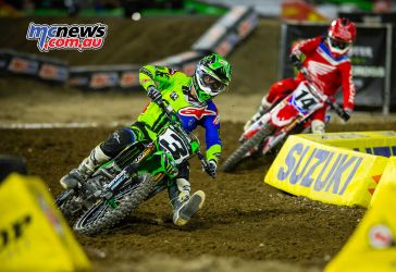Eli Tomac chased by Cole Seely