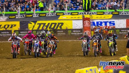 AMA Supercross Round 12 kicked off at Indianapolis