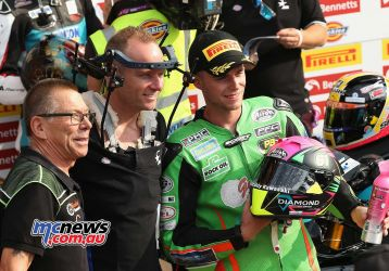 BSB Brands Hatch Ben Currie with Shane Byrne and Michael De Bidalph Team Owner ImageDYeomans