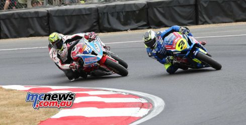 BSB Brands Hatch Billy McConnell scrapping ImageDYeomans