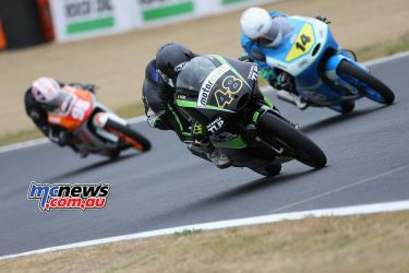 BSB Brands Hatch Sharni Pinfold leading the group ImageDYeomans