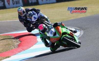 BSB RNd Knockhill Ben Currie leads Jack Kennedy ImageDYeomans