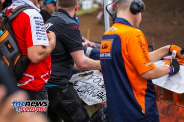 MX Nationals Rnd Conondale MX Race PitBoard FocusFoward ImageByScottya