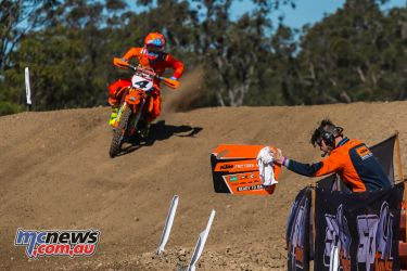 mx nationals ranch mx saturday practice mx clout pitboard ktm ImageByScottya
