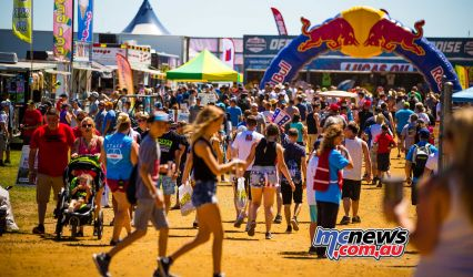Crowd Pits MX JK RedBud AMAMX Rnd