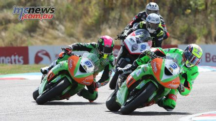 BSB Rnd Thruxton Gearlink Kawasaki duo in front Image DYeomans