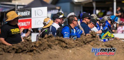 MX Nationals Rnd Gladstone moto mxd pit board area