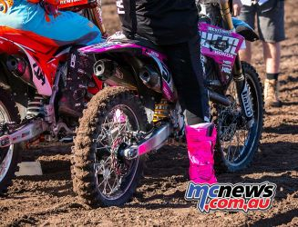 mx nationals coolum rnd creech boots pink ImageScottya