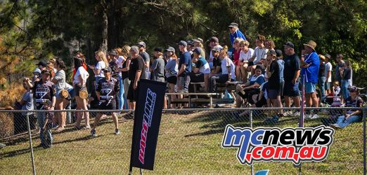 mx nationals coolum rnd mx people on the hill ImageScottya