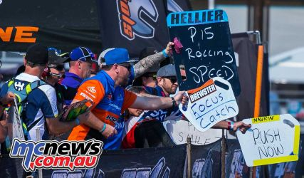 mx nationals coolum rnd mxd pitboard rolling speed ImageScottya