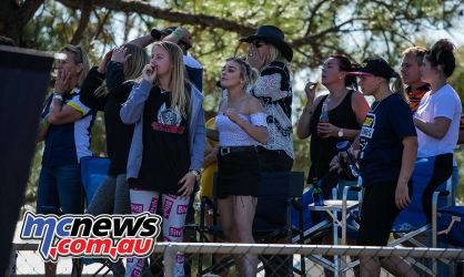 mx nationals coolum rnd mxd rowe family hold there breath when mason drops bike ImageScottya