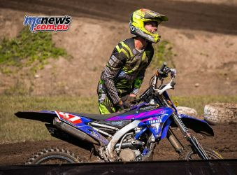 mx nationals coolum rnd saturday mxd bailey malkiewicz picks bike up ImageScottya