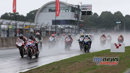 BSB Showdown Oulton Park Jake Dixon leads the pack away ImageDyeomans