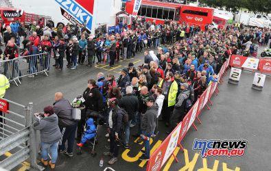 BSB Showdown Oulton Park Pitlane walkabout queue ImageDyeomans