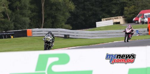 BSB Showdown Oulton Park Shani Pinfold leading ImageDyeomans