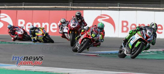 BSB Rnd Assen Leon Haslam leads from Andrew Irwin ImageDyeomans