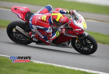 BSB Test Silverstone Tue Xavi Fores working hard DyeomansImage