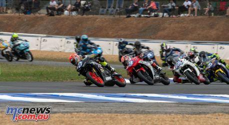 ASBK Rnd Wakefield RCup Race Ben BAKER Start RM