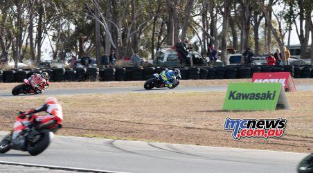 ASBK Rnd Morgan Park RbMotoLens SBK Race Wayne MAXWELL Troy HERFOSS