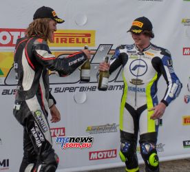 ASBK Rnd Winton RbMotoLens SS R Tom Toparis Ty LYNCH Champagne cheers