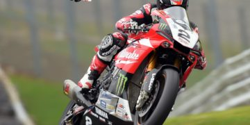 Josh Brookes topped the recent test at Oulton Park on the new Yamaha YZF-R1