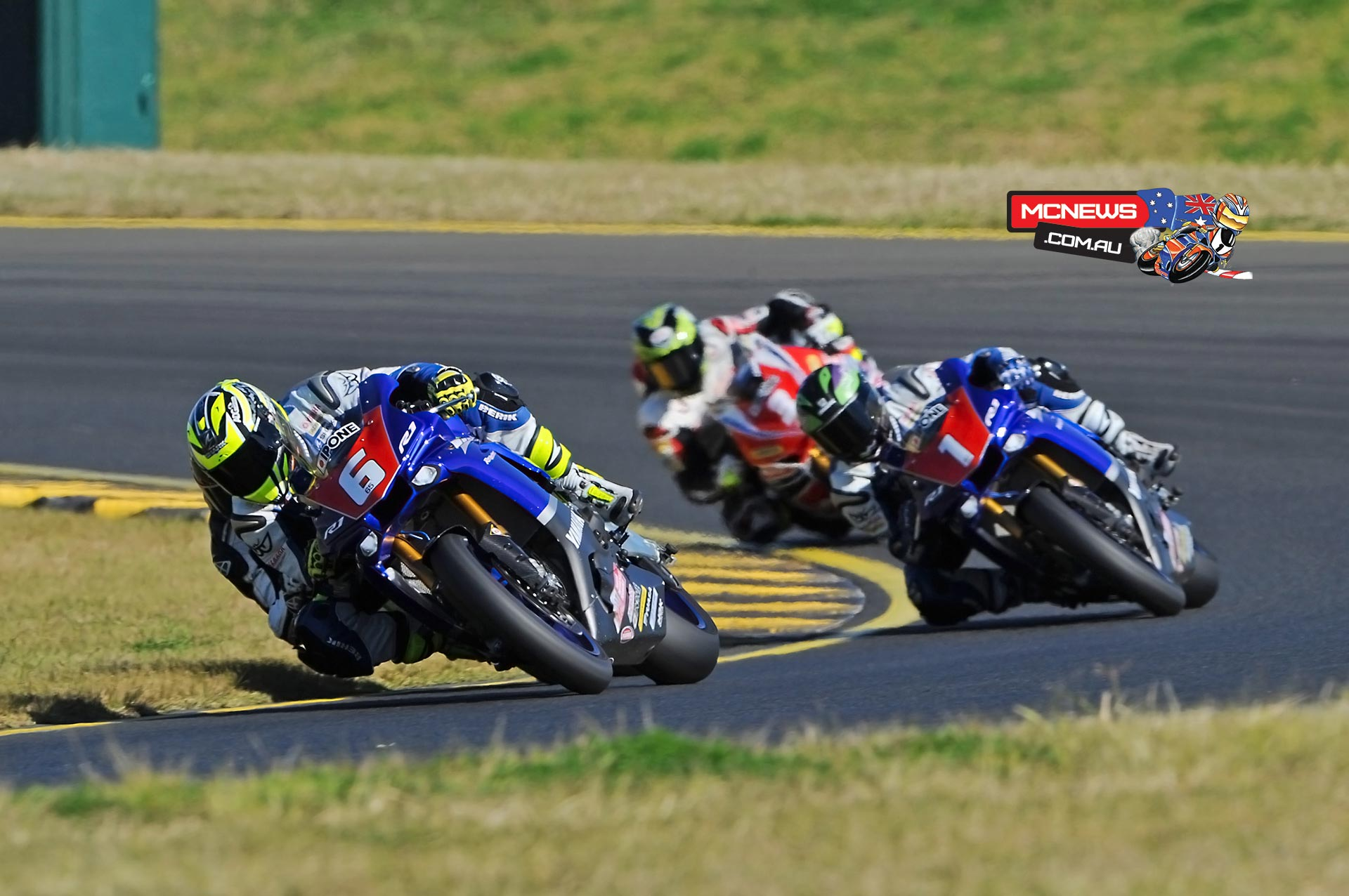 Cru Halliday leads Wayne Maxwell and Troy Herfoss at Sydney Motorsports Park during round three of the Swann Australasian Superbike Championship