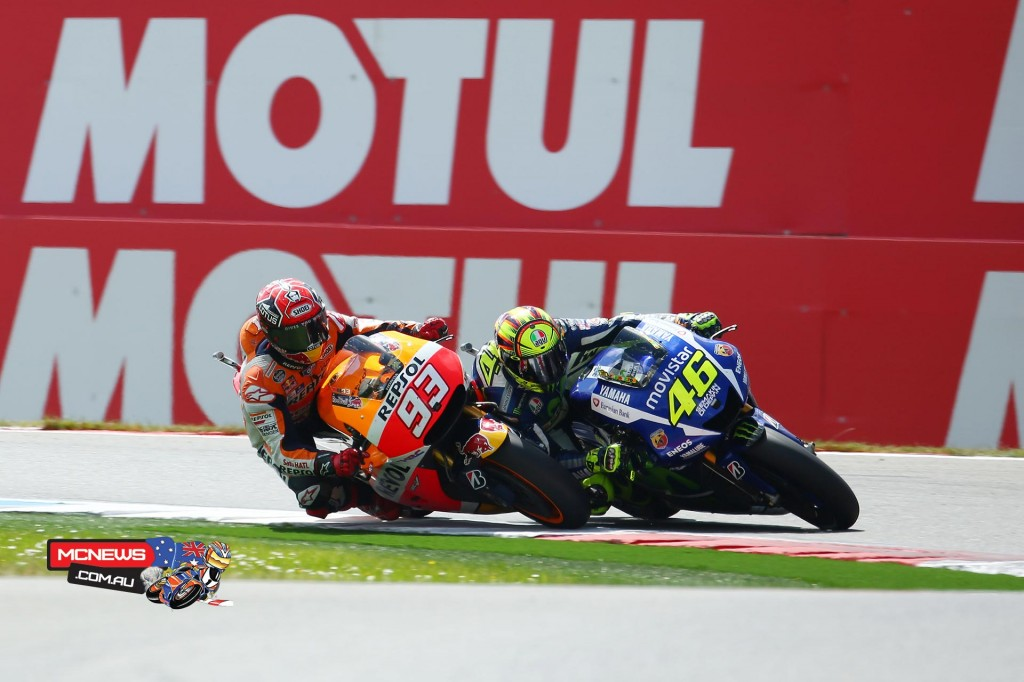 Valentino Rossi won a fiery duel to the line with Marc Marquez at Assen to extend his championship points lead