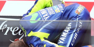 It has been 18 races without a win for Yamaha, and also 18 without a win for Rossi. His last win was at Assen last year - Image by AJRN