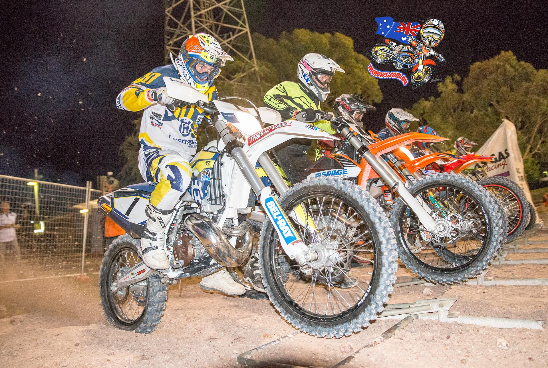 Perth International Enduro Cross 2015 - Graham Jarvis blasts off the line