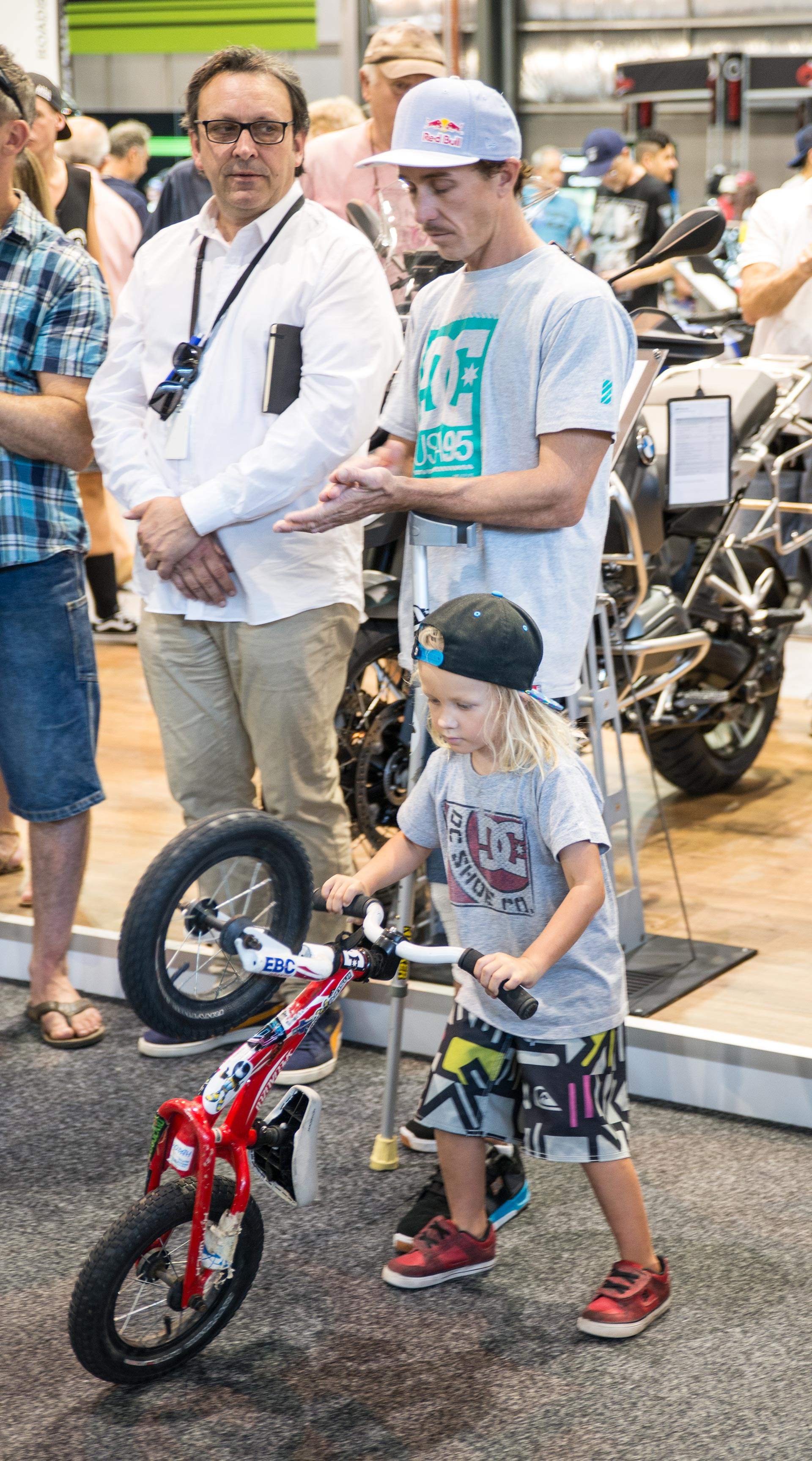 Sydney motorcycle show 2015 images d for Pool show 2015 sydney
